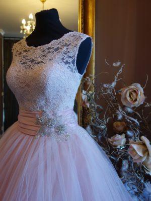svatební šaty Luxuar c105 vel36-38