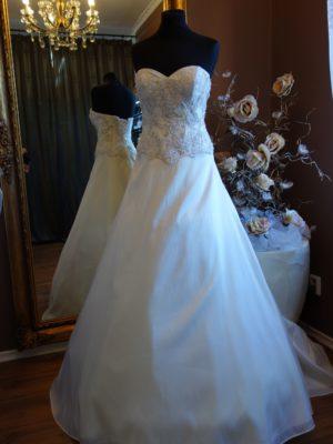 svatební šaty Annais c104 vel36-38